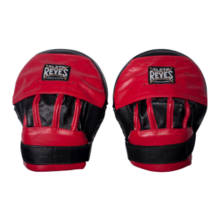 Cleto Reyes Curved Punch Mitts with Hook & Loop Closure